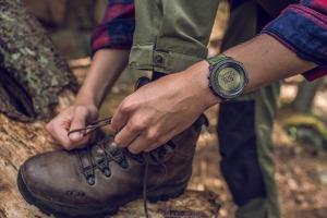 ساعت کوهنوردی جی پی اس دار تراورز آلفا
