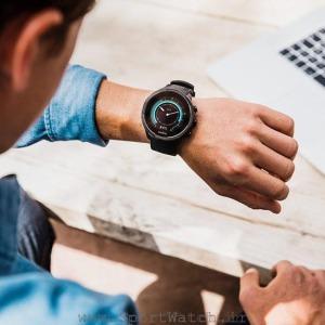 ss050019000 suunto9 baro black product on wrist