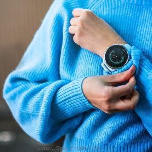 ss050143000 suunto 9 white product on wrist