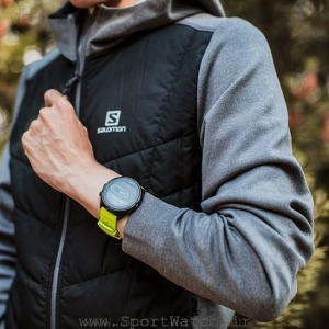 ss050144000 suunto 9 lime product on wrist